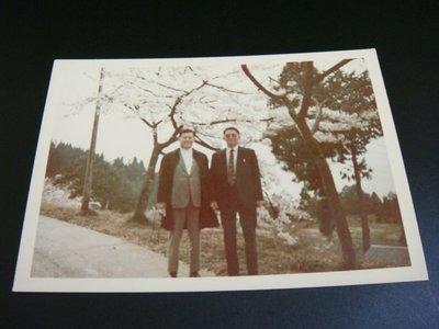 【早期老照片】民國62年代 阿里山 梅花 8.5X11.5 公分