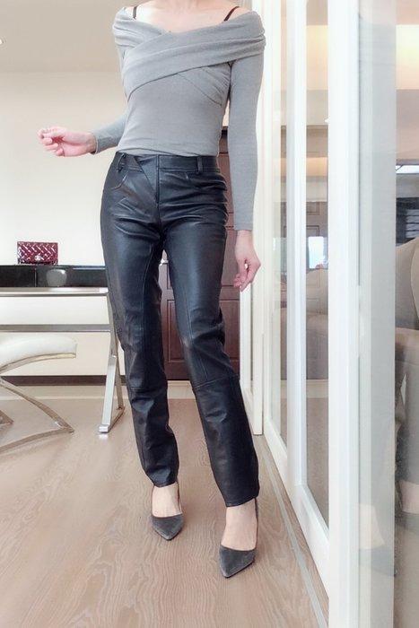 *Beauty*義LIVIANA CONTI藍色柔軟皮褲4500元PH