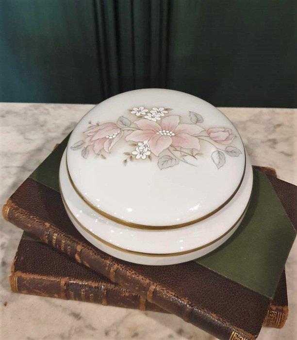 【卡卡頌 歐洲古董】🌸法國老件 LIMOGES 利摩日 淡雅  花卉 瓷盒  珠寶盒 p1781 ✬