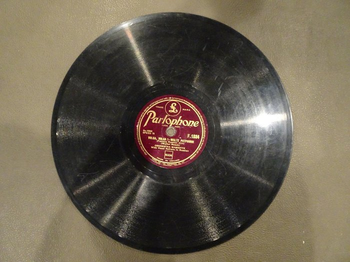 【卡卡頌 歐洲跳蚤市場/歐洲古董】荷蘭Parlophone_Orchestra Mascotte 十吋78轉西洋黑膠唱片