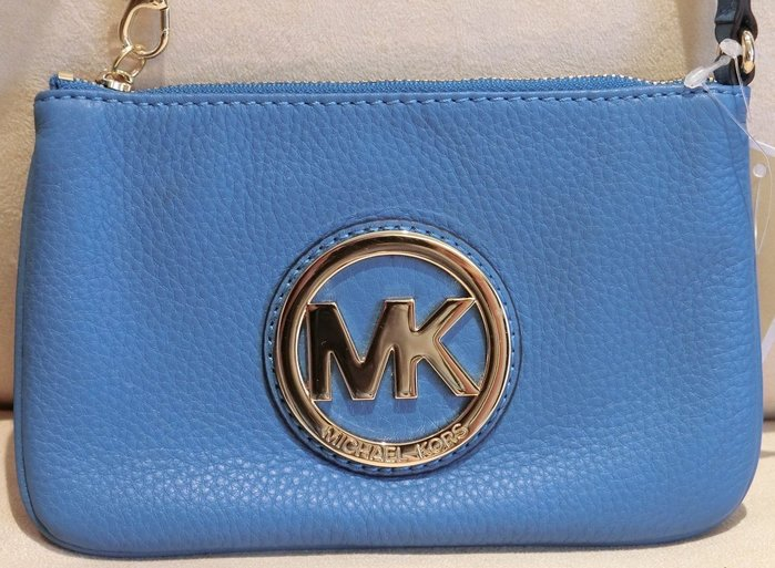 大降價!全新 Michael Kors MK 皮革藍色荔枝紋手提包手拿包小錢包,低價起標無底價!本商品免運費!