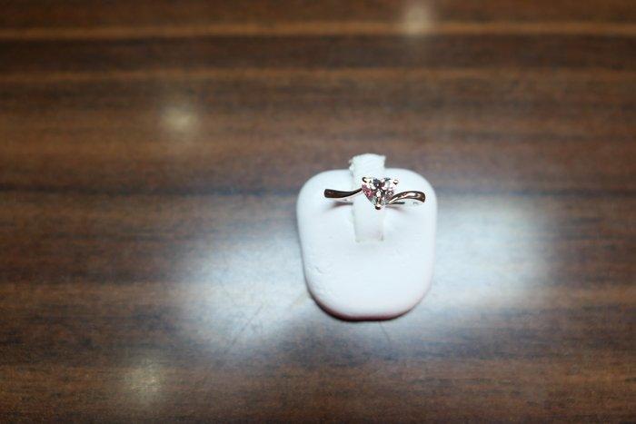 [吉宏精品交流中心]57分 心形 天然鑽石 白K金 戒指(公關禮物)