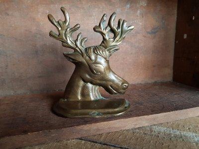 【已售出】歐洲老件 黃銅鹿頭書擋 擺件 銅器 鹿雕 銅雕 動物形狀 全黃銅製 古董老件收藏