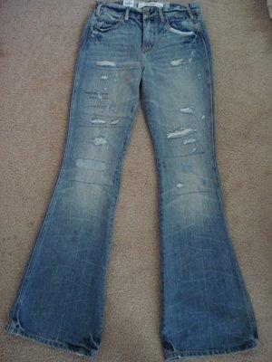 【天普小棧】AbAbercrombie A&F Destroyed Flare Jeans刷破補丁牛仔褲喇叭褲0/W25