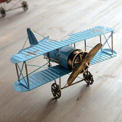zakka 工業風裝飾 第1次世界大戰雙翼螺旋獎槳飛機 鐵製質感擺飾軍民機模型 復古懷舊鐵皮製擺飾 禮物 咖啡廳民宿布置