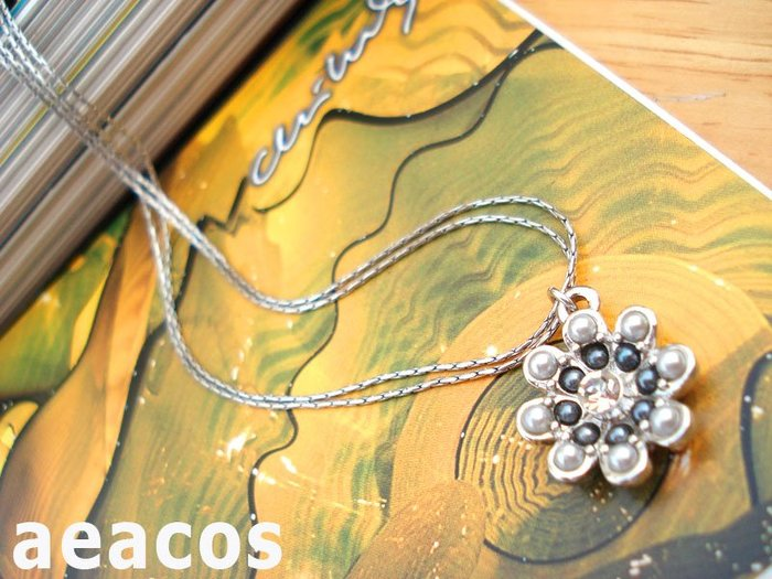 AEACOS@古董 古著 vintage retro MODs 精緻可愛秀氣閃亮萊茵石灰X白花朵銀色雙鍊項鍊