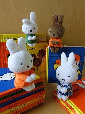 ˙TOMATO生活雜鋪˙日本進口雜貨人氣療癒系北歐風米菲兔miffy坐姿態迷你布偶(預購)