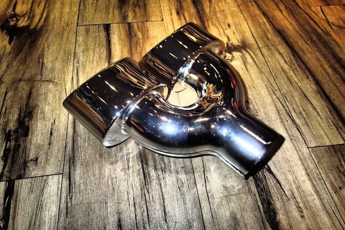 DJD18081616 BENZ 排氣管 4出版 6500$ 歡迎預約到店安裝