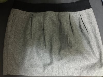 Non-Stop淺灰色短裙-輕鬆付款全家店到店寄貨