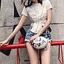 《巴黎拜金女》純白色短袖T卹純棉修身裹胸設...