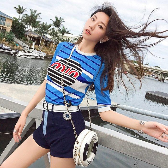 《巴黎拜金女》短袖條紋T卹短褲兩件套bf風休閒運動套裝女短款