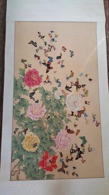 【藏家釋出】 早期書畫 ◎ 早期國畫《牡丹蝴蝶大工筆畫作品》《已二十多年了....由知名老舖墨采堂所裝池...品相如圖》