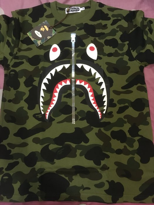 A BATHING APE BAPE 1ST CAMO SHARK TEE 迷彩 拉鍊 鯊魚 短T M 綠
