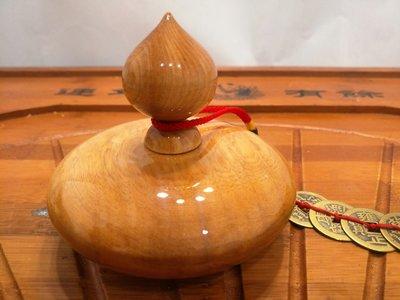 ※—緣堂※重油閃花台灣黃檜—代木聚寶盆,高10CmX外徑10Cm,僅此—結緣品,出清俗俗賣。
