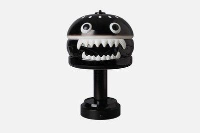☆LimeLight☆ 2019 UNDERCOVER x MEDICOM TOY HAMBURGER LAMP 漢堡燈