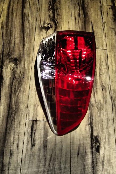 DJD19073121 TOYOTA 豐田 VIOS 03 04 05 原廠型紅白晶尾燈