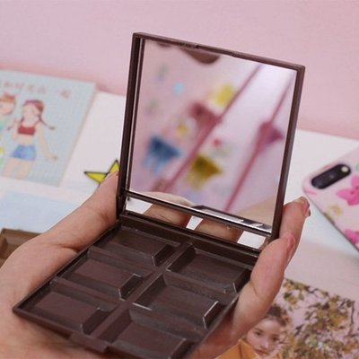 【創意蒐藏家】日韓超人氣誘人6格巧克力折疊鏡子 香滑牛奶/黑巧克力深色淺色