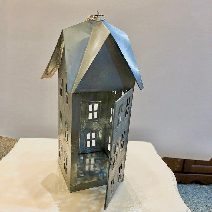 《齊洛瓦鄉村風雜貨》日本zakka雜貨 復古仿舊歐式房屋造型燭台 造型小夜燈 房屋造型香氛燭罩 聖誕節裝飾