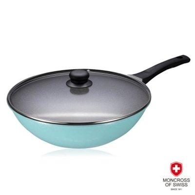 【MONCROSS】瑞士百年品牌-湛藍鈦石不沾深炒鍋32cm(含蓋) 原價3980