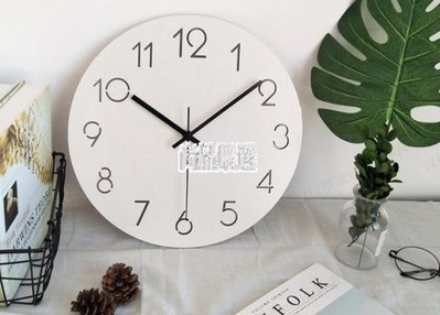 哆啦本鋪 掛鐘現代簡約木質石英鐘時鐘創意北歐大掛錶靜音掛鐘客廳臥室墻鐘 D655