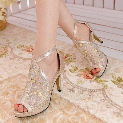 日和生活館 鏤空女式涼鞋時尚魚嘴高跟女涼靴女鞋子S686