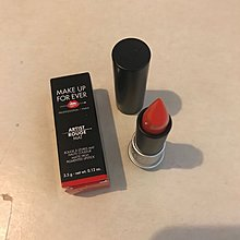 Make up for ever rouge m302