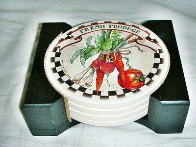 L.全新蔬果造型美國牌子吸水杯墊4入!!--附木質收納座值得擁有!!/黑箱2/-P