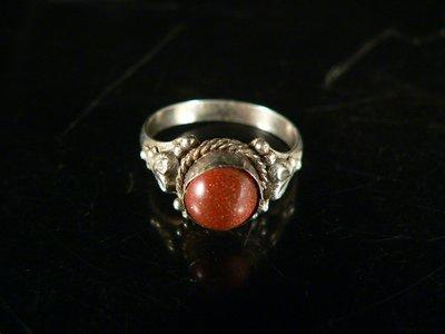 乖乖@賣場~配件.手飾.飾品.藏銀戒指.造型戒指.老銀質戒指鑲金沙蛋面.PK404