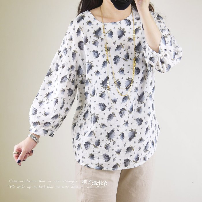韓國連線 圓領拋拋袖棉麻紗上衣 葡萄花束(白、粉) ~桔子瑪琪朵。惠衣