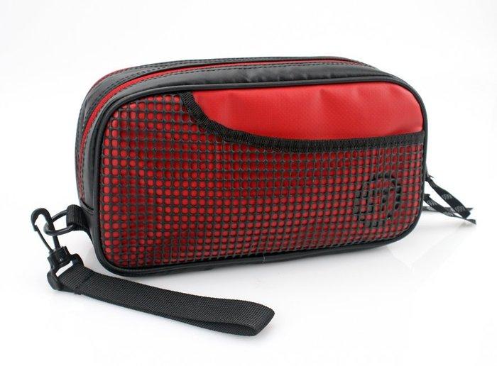日本Stream Trail 戶外防水手拿包/化妝包/萬用收納包 Groom II 3色.是化妝包也是手拿包喔