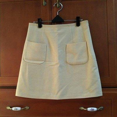 日款品牌可愛口袋造型毛料裙