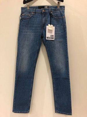 全新MOSCHINO淺藍色飾金牌牛仔褲31腰(結束營業。賠售出清。謝絕議價。)