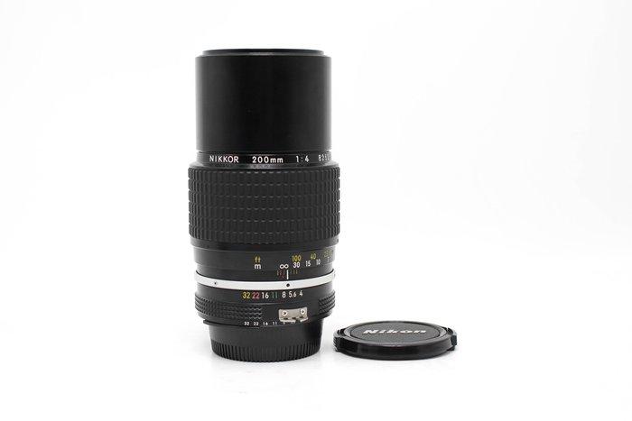 【高雄青蘋果3C】Nikon 尼康 AI 200mm f4 定焦鏡 手動鏡 日本製 內建遮光罩 #53312