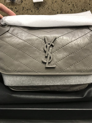 YSL Saint Laurent NIKI郵差包  (28cm/灰色)