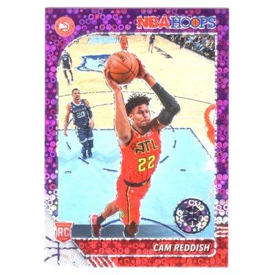 泡泡紫亮!(RC) 老鷹核心 Cam Reddish 必漲NBA Hoops Premium Purple Prizm版新人RC金屬卡 2019-20