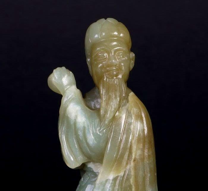諸羅山人 ~~和闐青玉雕   老人與狗 明式雕刻