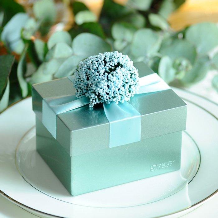 衣萊時尚-熱賣款  喜糖盒子 馬口鐵盒創意 天藍色 金屬成品個性糖果盒TJ-8