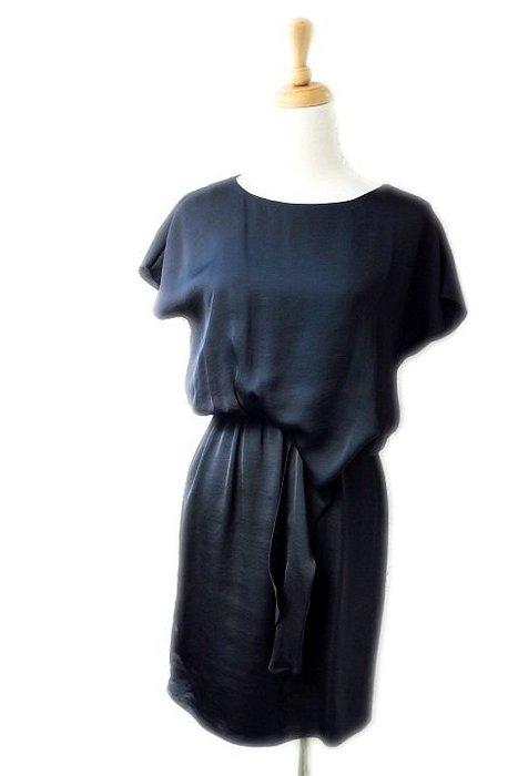 *Beauty*CARVEN黑色緞面短袖洋裝 34號7000  元