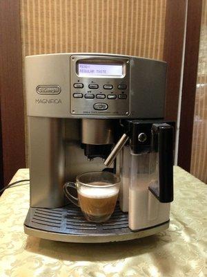 DeLonghi ESAM3500 迪朗奇 全自動咖啡機 義式咖啡機 咖啡機 全自動義式咖啡機 有奶罐 二手機