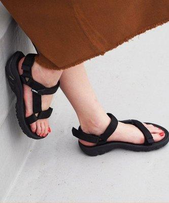 WaShiDa【HURRICANE】TEVA 美國品牌 夏日 運動 經典 多點式 調整 織帶 水陸 涼鞋 黑 女