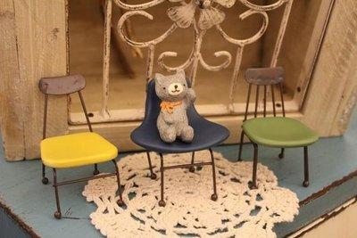 ZAKKA糖果臘腸鄉村雜貨坊   雜貨類.迷你小椅子.單人椅.娃娃椅.攝影道具.開店擺攤用