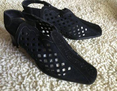 購於日本高跟鞋 WIDTH EEE 舒服 防滑底 suede 真皮 24cm 購於日本