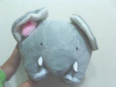 全新可大象娃娃抱枕老鼠玩偶躲在大象耳朵(長約50公分高約35公分)