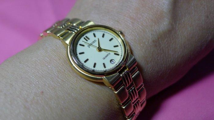 全心全益低價特賣*高級華麗電鍍金錶**藍寶石水晶玻璃