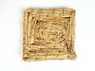 【優比寵物】25公分 X 25公分方型牧草墊 . 牧草床 . 腳踏墊 (純手工製品)(買3送1)