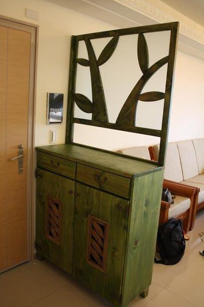原木工坊~ 實木傢具製作   設計師款圖騰屏風櫃   門片鑲崁老樟木窗花