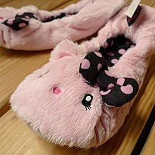 情人節 日本 大阪 限定 睫毛 Kitty  包腳 室內 拖鞋 絨毛  僅有一雙 保證稀有 送女友