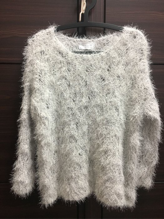 全新未穿 韓 高質感舒服毛海針織毛衣 混淺灰色