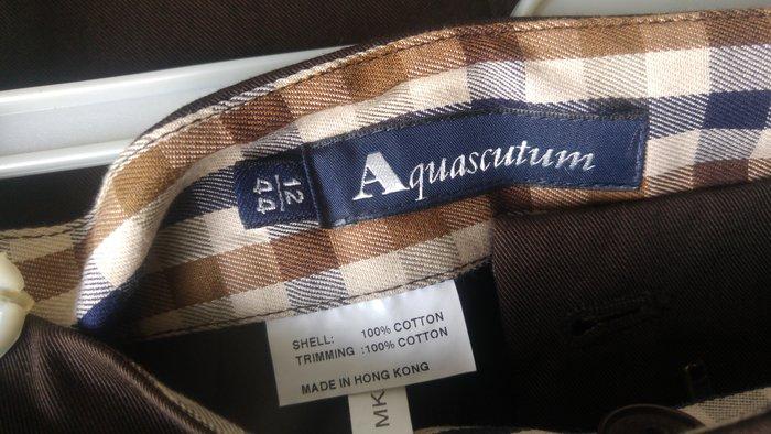 【Aquascutum of London】雅格獅丹 深色牛仔及膝裙