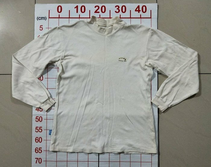 【二手衣櫃】男士長袖內衣 白色內衣半高領打底衫男士長袖t恤衫萊卡純色棉加厚修身立領內衣 保暖內衣打底衫 1080418